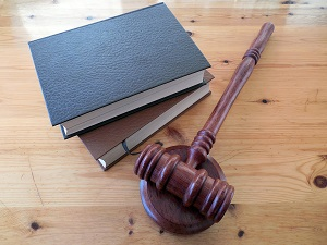 Штраф за продажу алкоголя без лицензии