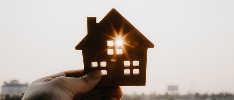 Сколько можно жить без прописки после продажи квартиры: сроки освобождения и правила, через какое время нужно выписать жильцов?